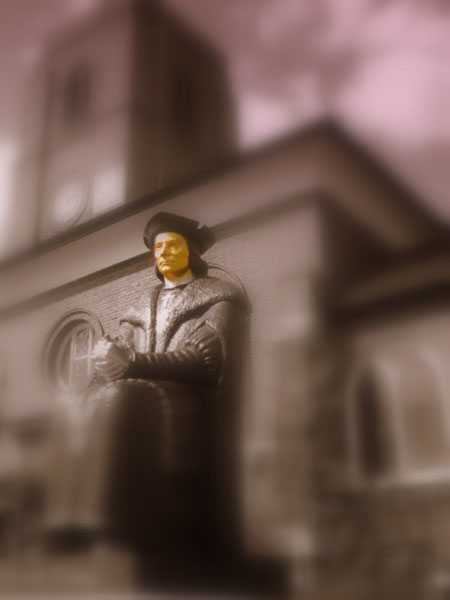 Thomas More's statue at the Chelsea Old Church